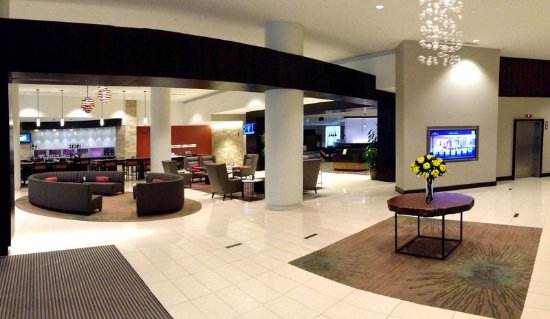 Hilton Albany : Lobby_with_Touch_Screen