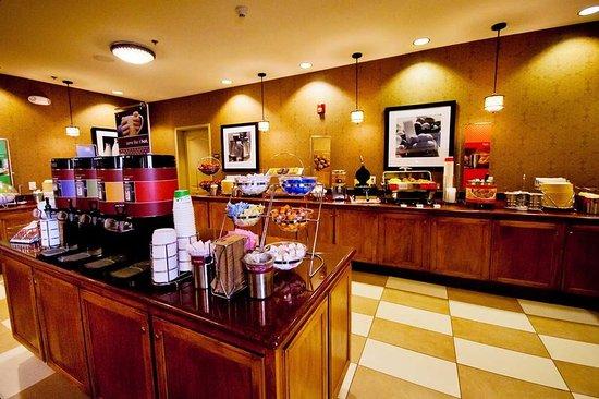 Hampton Inn Amp Suites Fresno Updated 2017 Prices Amp Hotel