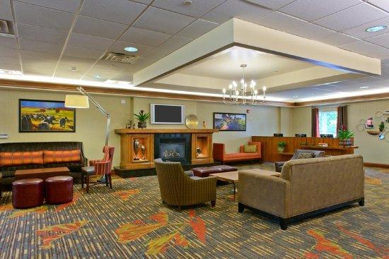 Hampton Inn Suites Frederick Fort Detrick