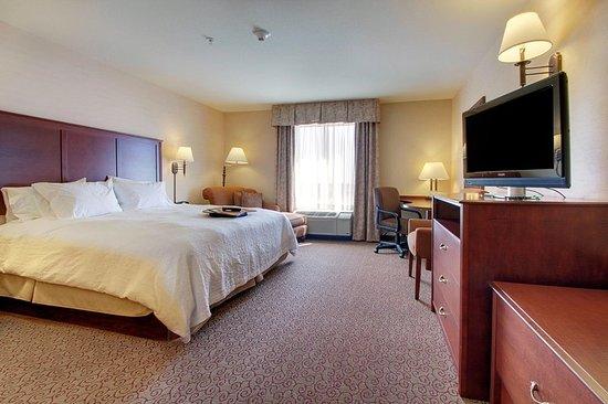 West Bend, WI: King Room
