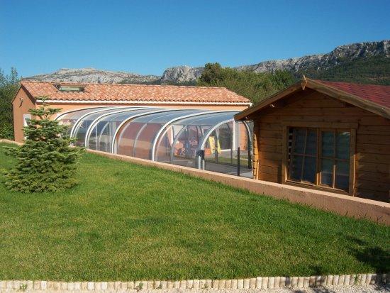 Plan-d'Aups-Sainte-Baume, Frankrijk: piscine couverte