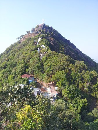 Kayin State, Myanmar: The walk up to Naw Bu Baw (Prayer Mountain)