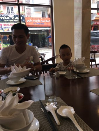 Sapa Legend Hotel & Spa: Lunch time at Sapa Legend Restaurant