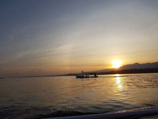 Lovina Beach : Sunrise