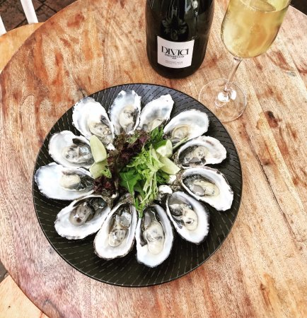 Guildford, Australia: Oysters