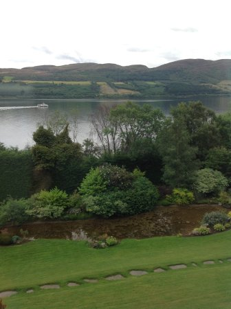 Loch Ness Lodge: Stunnng view of Loch Ness from our room.