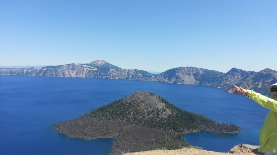 The Devils Backbone Picture Of Crater Lake National Park Crater - 10 cool landmarks in crater lake national park