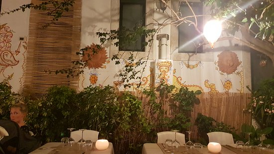 Giardino interno bild fr n casa niclodi taormina tripadvisor - Giardino interno casa ...