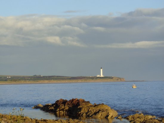 Lossiemouth, UK: View from the terrace to the left