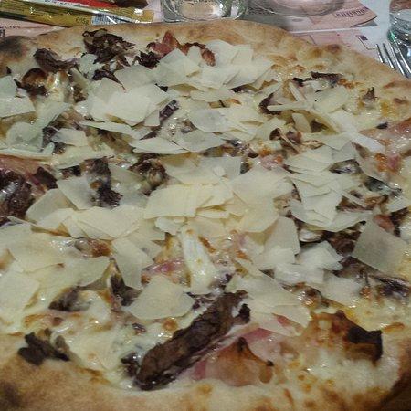 Castelfranco Emilia, Italien: IMG_20170813_213814_528_large.jpg