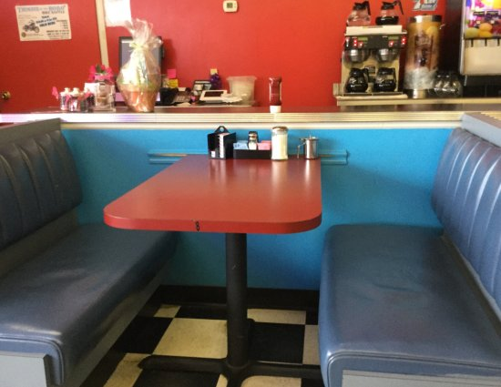 Booth seating available. - Picture of Jim\'s Open Kitchen Too ...