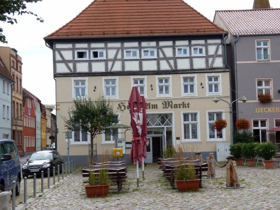 Ueckermunde, Almanya: Eingang Hotel