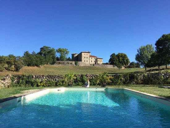 Saint-Romain-de-Lerps, Frankreich: La suite Que Linda et la piscine