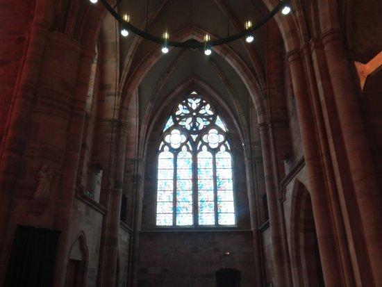 Saint Die des Vosges, Fransa: Un vitrail