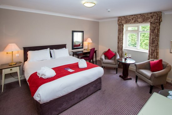 Mercure Brandon Hall Hotel and Spa Warwickshire: Privilege Room with King Size Bed