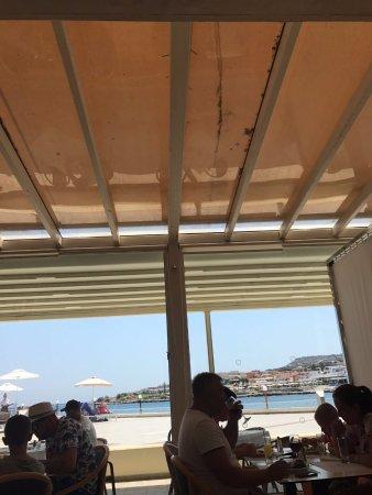 Eden Roc Resort Hotel & Bungalows: bar