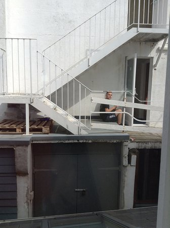Grouville, UK: Smokers corner - view from the bedroom of Blampied apartment