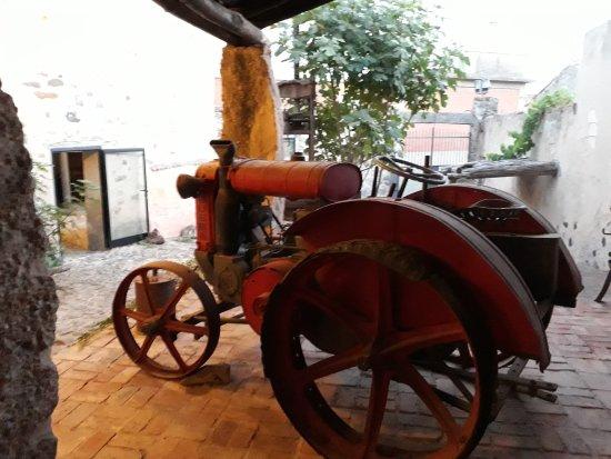 Museo Omu Axiu Della Famiglia Vargiu