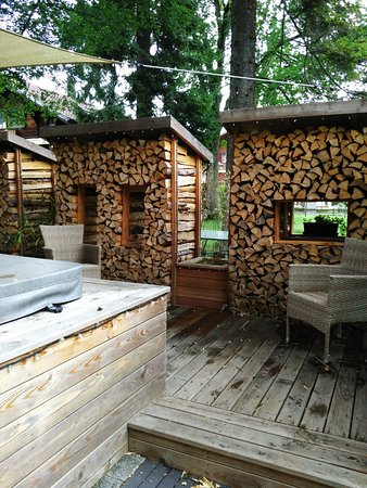 Wilderswil, Switzerland: Sauna extérieur