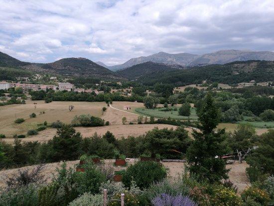 La Palud sur Verdon, Frankrike: vue de la terrasse du restaurant