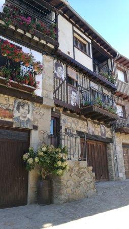 Mogarraz, Spanien: IMG_20170810_182404_large.jpg