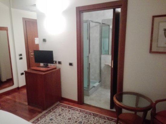 Melzo, إيطاليا: IMG_20170801_192301_large.jpg