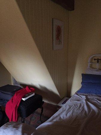 Pleyber Christ, ฝรั่งเศส: Escalier dans la chambre menant à l'étage...