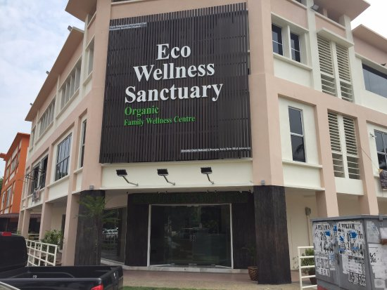 Premium Family Spa Based In Klang, Selangor - Main Facade - Closup