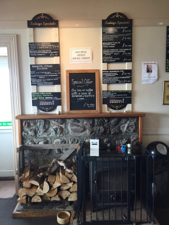 Lochranza, UK: The Catacol Bay Hotel  Restaurant