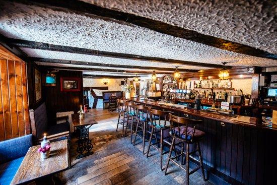 Anstruther, UK: Bar area