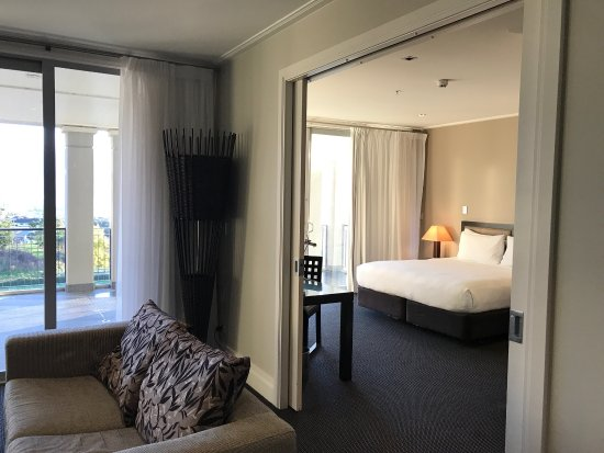 Hilton Lake Taupo: photo2.jpg