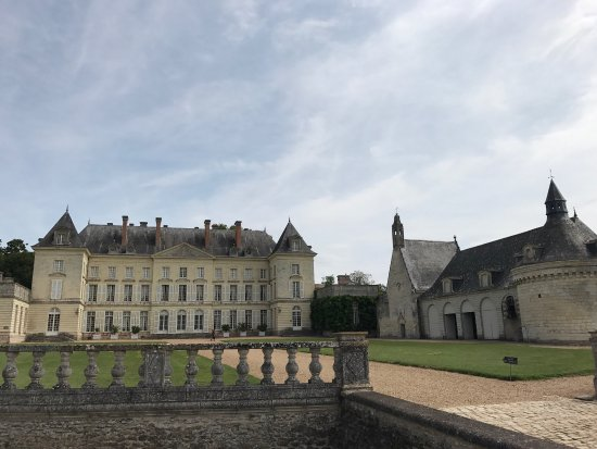Chateau de Montgeoffroy: photo1.jpg