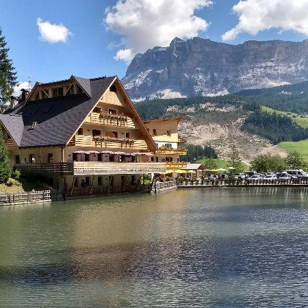 La Villa, Italien: Lago Sompunt