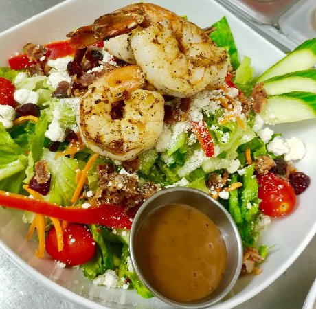 Melbourne Beach, FL: Yummy Shrimp salad always on the menu!!