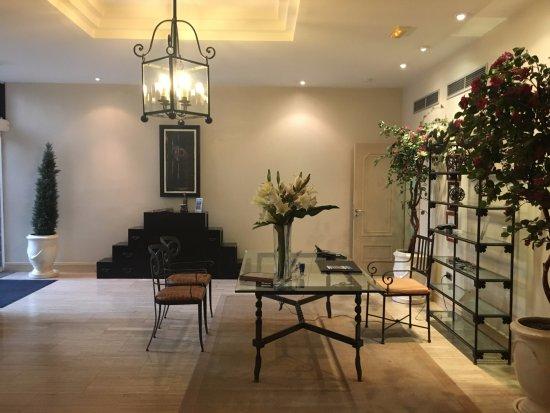 Hotel Villa Vik: Reception area