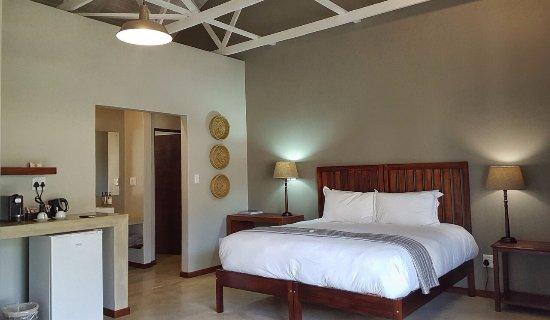 Luxury accommodation at Hamiltons Lodge in Malelane