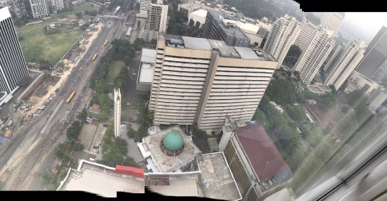 HARRIS Suites FX Sudirman: View dari 4106