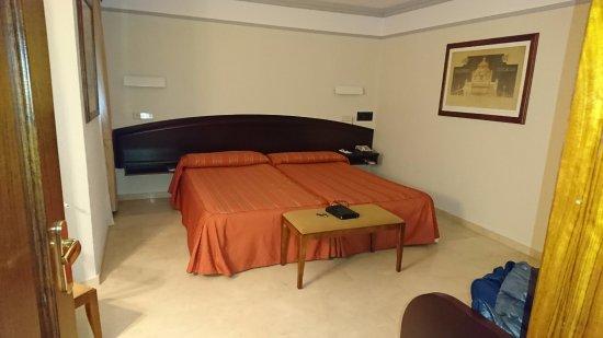 San Antonio Hotel: Detalle de las camas