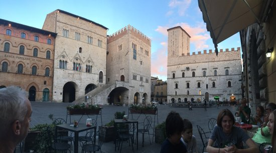 Todi, Italien: photo0.jpg