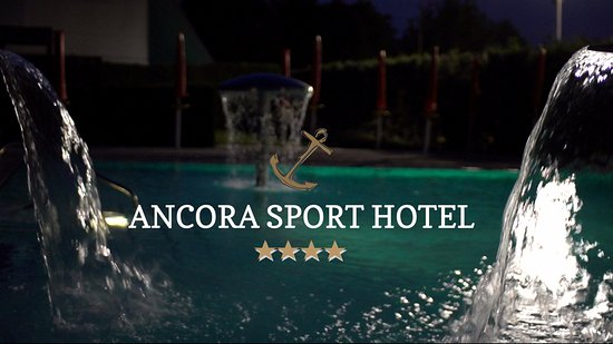 Meolo, Italie : romantic outdoor pool
