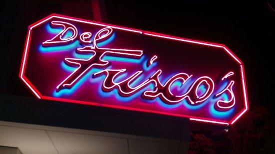 Del Frisco's Double Eagle Steak House: Signage