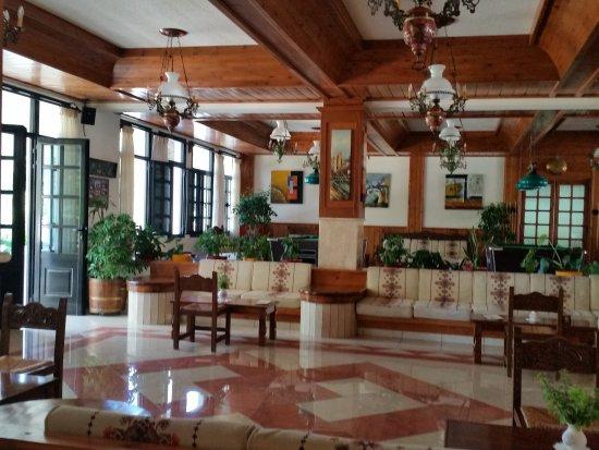 Hotel Palladium: Aufenthaltsraum mit Billiardtisch