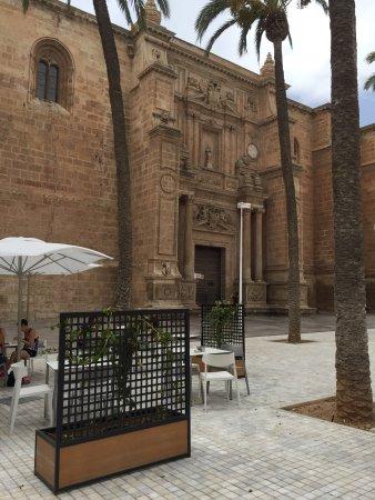 Paseo de Almería: photo7.jpg