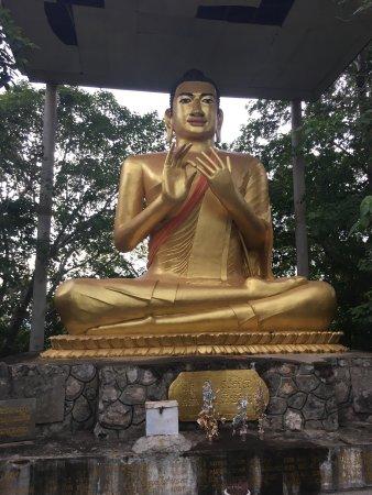 Battambang Handicraft Tour