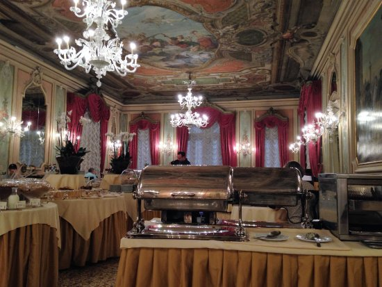 Baglioni Hotel Luna: Breakfast room