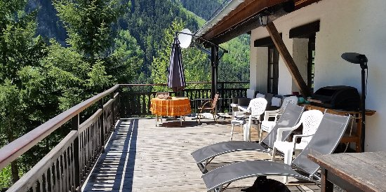Sainte-Foy-Tarentaise, Prancis: The sun terrace