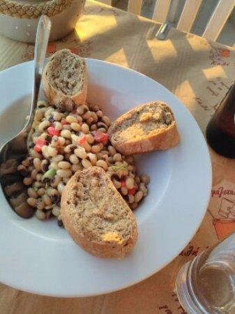 Δονούσα, Ελλάδα: insalata fagioli
