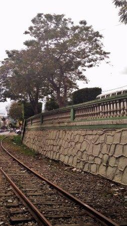 Antiga linha férrea de Muqui.