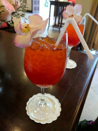 Puripunn Baby Grand Boutique Hotel: Puripunn : ice tea when we arrived