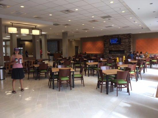 Washington, NC: dining area
